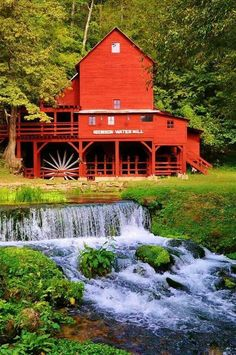 Beautiful red water mill on water's edge. Near Gainesville , Mo. Country Barns, Old Barns, Country Life, Country Living, Old Grist Mill, Barn Pictures, Red Water, Water Powers, Water Mill