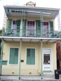 Tennessee Williams' house, New Orleans.