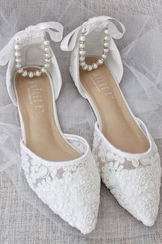 27 Flat Wedding Shoes For Lovers Of Comfort Style ❤ flat wedding shoes lace with pearls shop kaileep Bridesmaid Shoes, Wedding Bridesmaids, Bride Shoes, Wedding Shoes, Prom Shoes, Wedding Jewelry, Wedding Dress Trends, Wedding Ideas, Wedding Stuff