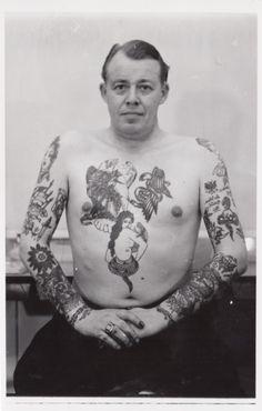 Since 1955 - Tattoo Peter's history. Since 1955 - Retro Tattoos, Old Tattoos, Time Tattoos, Black Tattoos, Vintage Tattoos, Picture Tattoos, Tattoo Photos, Victorian Tattoo, Russian Criminal Tattoo