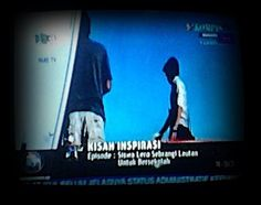 "Mugniar's Note: Maju Terus Media Elekronik Lokal Ternyata penganugerahan ini merupakan yang ke-10 pada tahun 2015 ini, lho. KPID Sulawesi Selatan merupakan KPID yang terbanyak memberikan penghargaan kepada lembaga penyiaran yang memiliki siaran positif secara konsisten. Sebelumnya, ada 5 Juri independen yang menilai kualitas siaran yang diajukan oleh masing-masing stasiun televisi dan radio lokal, yang mengusung tema ""Memperkuat Karakter Sulawesi Selatan Melalui Siaran Ramah Anak""."
