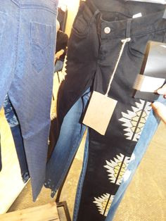 Detalhes em joelhos e laterais - Lefaxx Jeans