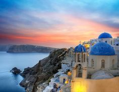 Top 7 wedding destinations In Greece Santorini No conversation about wedding destinations in Greece can begin without Santorini being mentioned. Santorini Grecia, Santorini Sunset, Santorini Island, Mykonos Greece, Santorini Italy, Santorini Honeymoon, Santorini Travel, Cruise Vacation, Vacation Destinations