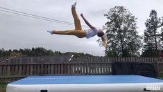 Flips Gymnastics, Gymnastics Moves, Gymnastics Tricks, Tumbling Gymnastics, Amazing Gymnastics, Acrobatic Gymnastics, Sport Gymnastics, Artistic Gymnastics, Cool Cheer Stunts