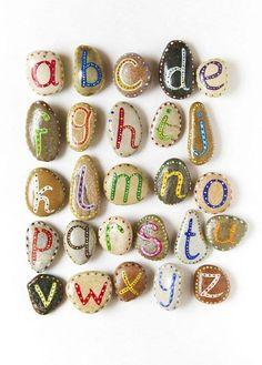 alfabeto di sasso