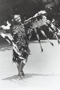 Grete Wiesenthal tanzt zu Frühlingstimmen, Johann Strauß, Walzer op. 410 © Wien Museum Johann Strauss, Thesis, Vienna, Museum, Spring, Painting, Art, Art Background, Painting Art