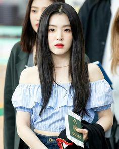 Irene - Incheon Airport heading to Hong Kong Seulgi, South Korean Girls, Korean Girl Groups, Red Velet, Thing 1, Red Velvet Irene, Stage Outfits, Beautiful Asian Girls, Aesthetic Clothes
