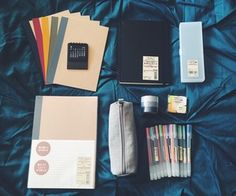 // My sister just came back from a business trip in Japan and got me all this amazing stuff from Muji!coffee-studyblr: // My sister just came back from a business trip in Japan and got me all this amazing stuff from Muji! Stationary School, School Stationery, Muji Stationary, Desk Stationery, Cool School Supplies, School Suplies, Study Organization, School Essentials, Study Hard