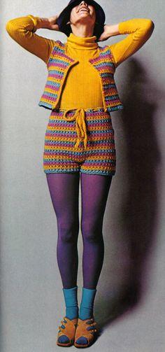 Super Seventies - 1970s fashion stripes in crochet.328 x 700 | 105.1 KB | superseventies.tumblr.com