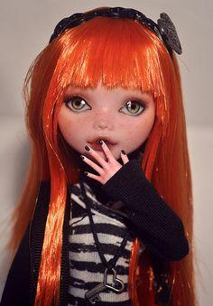 Draculaura custom by nekomuchuu on Flick