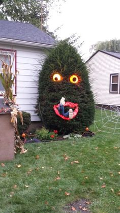 Halloween bush monster. Hilarious!