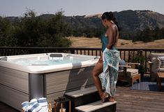 With a hot tub at home, you can experience the benefits of a gentle or deep tissue massage in just 20 minutes! Spring Spa, Spa Water, Massage Benefits, Spa Offers, Good Massage, Backyard Retreat, Lounge Seating, Home Spa