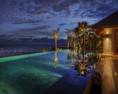 The Edge bali awarded by the Galatian Signature Hotel Awards. Perched majestically on the edge of a cliff. Home to famous one-eighty glass bottom pool Glass Bottom Pool, Signature Hotel, Spa Offers, Resort Villa, Plunge Pool, Family Day, Beach Hotels, Tropical Garden, Private Pool