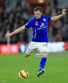 08/11/14 vs S'ton Andy King of Leicester City during the Barclays Premier League match... News Photo | Getty Images
