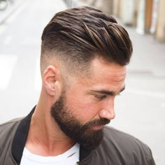 "993 Likes, 16 Comments - MEN'S HAIRSTYLES & BEARDS (@ambarberia) on Instagram: "" low skin fade. Trend hairstyle 2017La Barceloneta •Model: @alanmainster Tags your friends and…"""