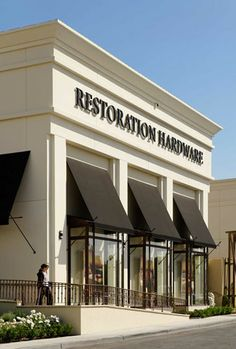Restoration Hardware | The Collection at Riverpark
