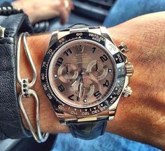 """Beautiful shot of the Daytona By Dream Watches, Luxury Watches, Rolex Daytona Watch, Nato Strap, Breitling Watches, Rolex Datejust, Michael Kors Watch, Watch Bands, Watches For Men"