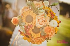Sunflowers & Peach Roses