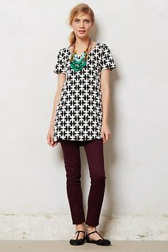 Bold patterned tunic (probably just a long shirt on me...) and skinnies w/ a chunky necklace & flats