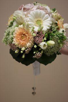 Wedding Hochzeit Blumen Flower Brautstrauß  www.juliane-deko.de Foto: natalie-PhotoGraphic