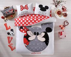 Valentine's Day Gifts 100% Cotton Disney Licensed 4 PCS Mickey & Minnie Loves Kisses Full Queen Size Quilt Duvet Cover Sets Bedding Linens