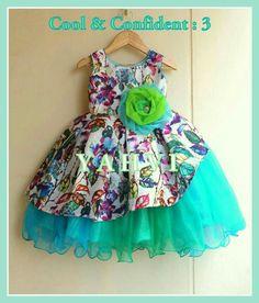 Frocks For Girls, Little Girl Dresses, Girls Dresses, Kids Dress Wear, Kids Gown, Baby Frocks Designs, Kids Frocks Design, Little Girl Fashion, Kids Fashion