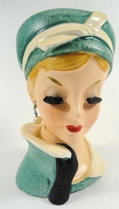 Napco Lady Head Vase Vintage Planters, Vintage Vases, Vintage Antiques, Head Planters, Hat Stands, Mannequin Heads, Vintage Tools, Vintage Love, Half Dolls