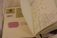 knitting notebook, a look inside keep yarn band, gauge, notes etc. such a clever idea Christmas Knitting Patterns, Crochet Patterns, Crochet Organizer, Handmade Books, Handmade Notebook, Small Notebook, Bullet Journal Inspiration, Journal Ideas, Leather Books