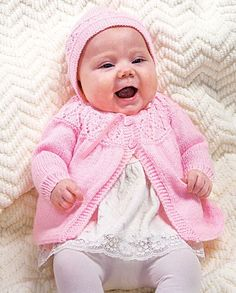 My favorite source for arts and crafts: Free Diamond Yoke Ensemble Pattern Baby Cardigan Knitting Pattern Free, Baby Sweater Patterns, Knitting Paterns, Baby Girl Patterns, Knitted Baby Cardigan, Knit Baby Sweaters, Baby Hats Knitting, Knitting For Kids, Baby Knits