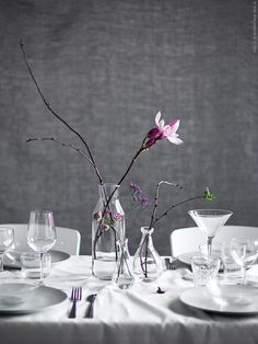 Home furnishing ideas and inspiration from IKEA Australia Dining Centerpiece, Simple Centerpieces, Decoration Table, Table Manners, Winter Table, Deco Table, Home And Deco, Table Settings, Inspiration Design