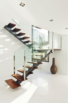 Modern-Staircase-Design-Ideas-Feature-Wooden-Floating-Steps-And-Also-Glass-Railing : Home Design Glass Stairs, Glass Railing, Floating Stairs, Glass Balustrade, Contemporary Stairs, Modern Stairs, Interior Stairs, Interior Architecture, Interior Design