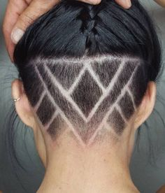 Undercut Designs 23 Undercut Hairstyles for Women That Are a Party in the Back Undercut Hairstyles Women, Undercut Women, Cool Hairstyles, Female Undercut Long Hair, Haircuts, Black Hair Undercut, Undercut Girl, Undercut Natural Hair, Cropped Hairstyles