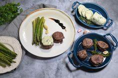 Minciunele - Retete culinare by Teo's Kitchen Untold Festival, Oreo, Red Velvet, Bacon, Cheesecake, Facebook, Kitchen, Food, Cooking