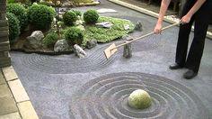 DIY Japanese Zen Rock Garden