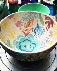 Glazes For Pottery, Pottery Bowls, Ceramic Bowls, Ceramic Pottery, Pottery Art, Hand Painted Mugs, Hand Painted Ceramics, Pottery Painting Designs, Paint Designs