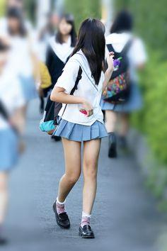 画像表示 School Uniform Fashion, Japanese School Uniform, School Girl Outfit, Girl Outfits, School Girl Japan, Japan Girl, Kawaii Fashion, Cute Fashion, Teen Images