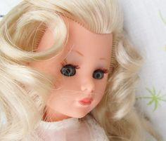 Italocremona IC Corinne Mod Fashion Doll Blonde Hair Italian Doll 3 Outfits | eBay