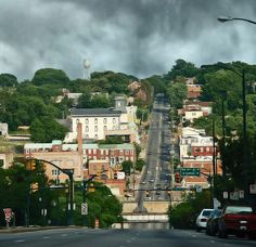 Richmond Church Hill  The drive down Broad Street to reach Church Hill in Richmond Virginia