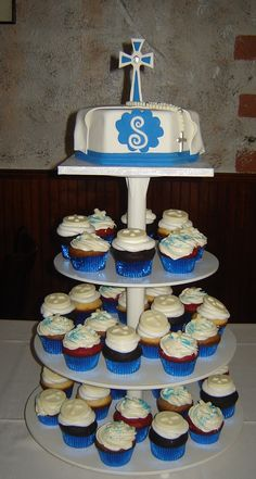 1st communion cup cakes