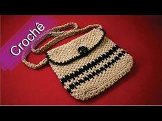 DIY - Crochê - Bolsa Bicolor (Passo a Passo)Mari Trentini - YouTube Crochet Diy, Crochet Tote, Crochet Handbags, Crochet Purses, Love Crochet, Crochet Stitches Patterns, Crochet Designs, Smocked Baby Dresses, Crochet Mobile