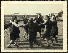 """Westerbork, Holland, A group of """"Aliyat Hanoar"""" girls. - Westerbork, Holland, 1942-1943, a personal album of camp commander Albert Konrad Gemmeker."""