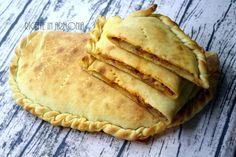 scacciate siracusane alle melanzane patate salsiccia (3) Apple Pie, Cooker, Buffet, Pizza, 3, Ethnic Recipes, Desserts, Catania, Food