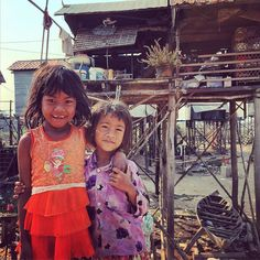 these two young girls live in the floating villages of #TonleSap. this time of year is the dry season so there is no water under their home. when the rainy season comes the only way to get to their home is by water. the #poverty is hard to comprehend. i never fully understood the TV commercials that say you can feed a child for just .25 cents a day. but now i have seen it first hand. this is what #travel is all about: experiencing the world learning what life is like for other people and…