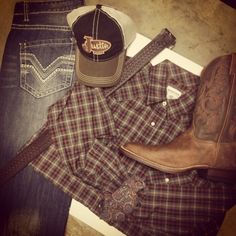 Don't forget Father's Day! Get looks like this for Dad at headwestoutfitters.com #Justin #PanhandleSlim #RockAndRollCowboy
