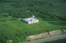 York Factory, Hudson Bay Company outpost on the Nelson River, Manitoba, Canada Canadian History, American History, Government Of Canada, Longhunter, Fur Trade, Canada 150, Western Canada, Hudson Bay, Trading Post