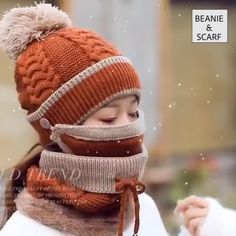 You can wear all 3 garments for maximum protection against extreme cold. Or you can also choose one from the set to fit any activity. Baby Hats Knitting, Knitted Baby Blankets, Knitted Hats, Col Crochet, Crochet Baby, Sombrero A Crochet, American Girl Wellie Wishers, Ski Hats, Gifts For Your Mom