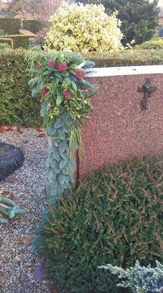 Grave Decorations, Christmas Decorations, Funeral, Flower Arrangements, Wreaths, Flowers, Plants, Xmas, All Saints Day