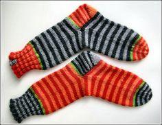 viele Ringel Mehr 2019 viele Ringel Mehr The post viele Ringel Mehr 2019 appeared first on Yarn ideas. Knitting Socks, Hand Knitting, Knitted Hats, Knitting Patterns, Knit Socks, Lots Of Socks, My Socks, Marimekko Fabric, Happy Socks