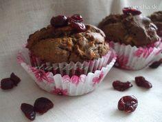 Makovo-pohánkové muffiny s brusnicami