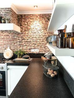 Kitchen interior design – Home Decor Interior Designs Brick Wall Kitchen, Brick Wall Decor, Old Brick Wall, Loft Kitchen, Home Decor Kitchen, Home Kitchens, Kitchen Layout, Kitchen Island, Brick Interior